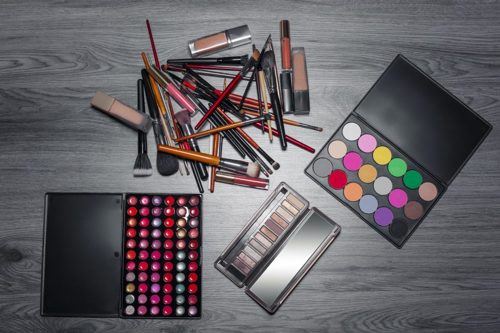 Makeup Products Helps to Protect Your Skin